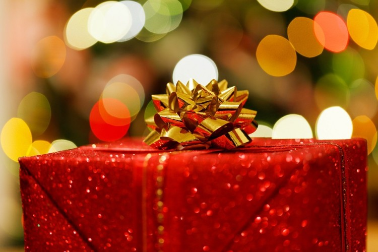 Idee regalo Natale 2016: al bando i regali banali e superflui
