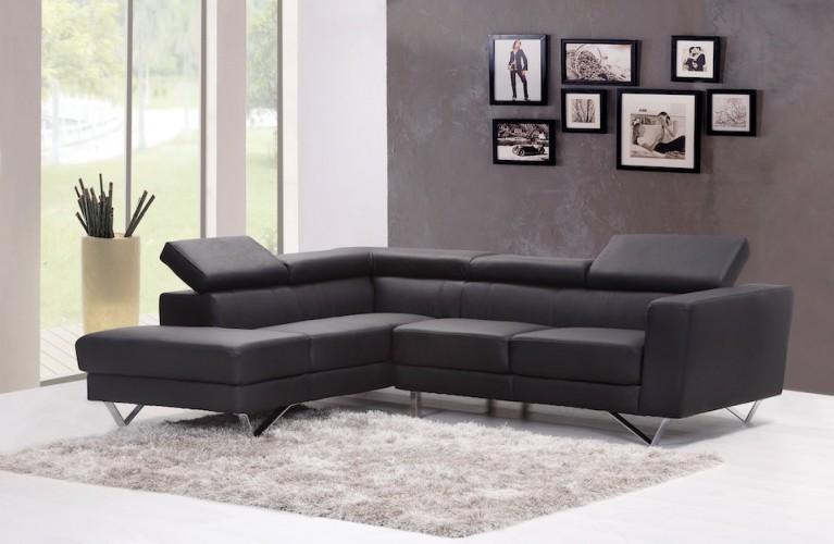 divani in pelle o tessuto