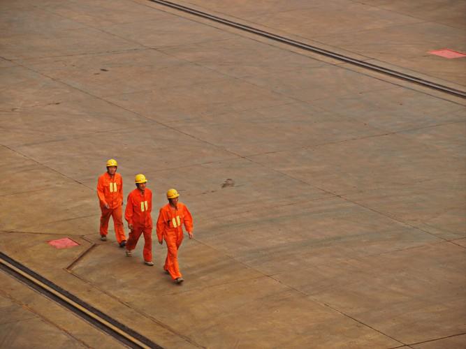 Come migliorare le industrie: dai pavimenti in resina all'automazione