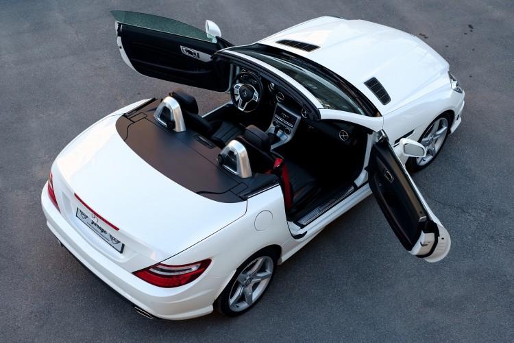 Suggerimenti rapidi per la pulizia di un'auto di lusso