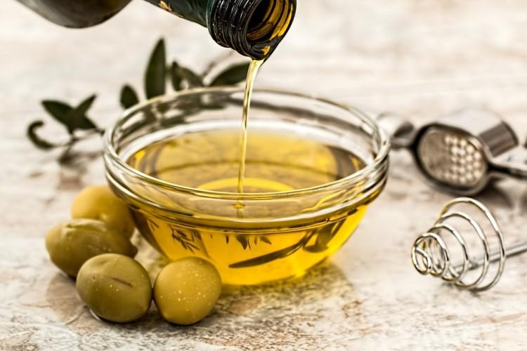 proprietà benefiche olio d'oliva