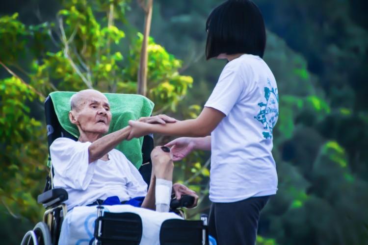 Caregiver: alcuni consigli per i pazienti affetti da Demenza